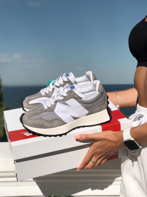 Женские кроссовки New Balance 327 в стиле нью беланс Серые/Белые (Реплика ААА+)