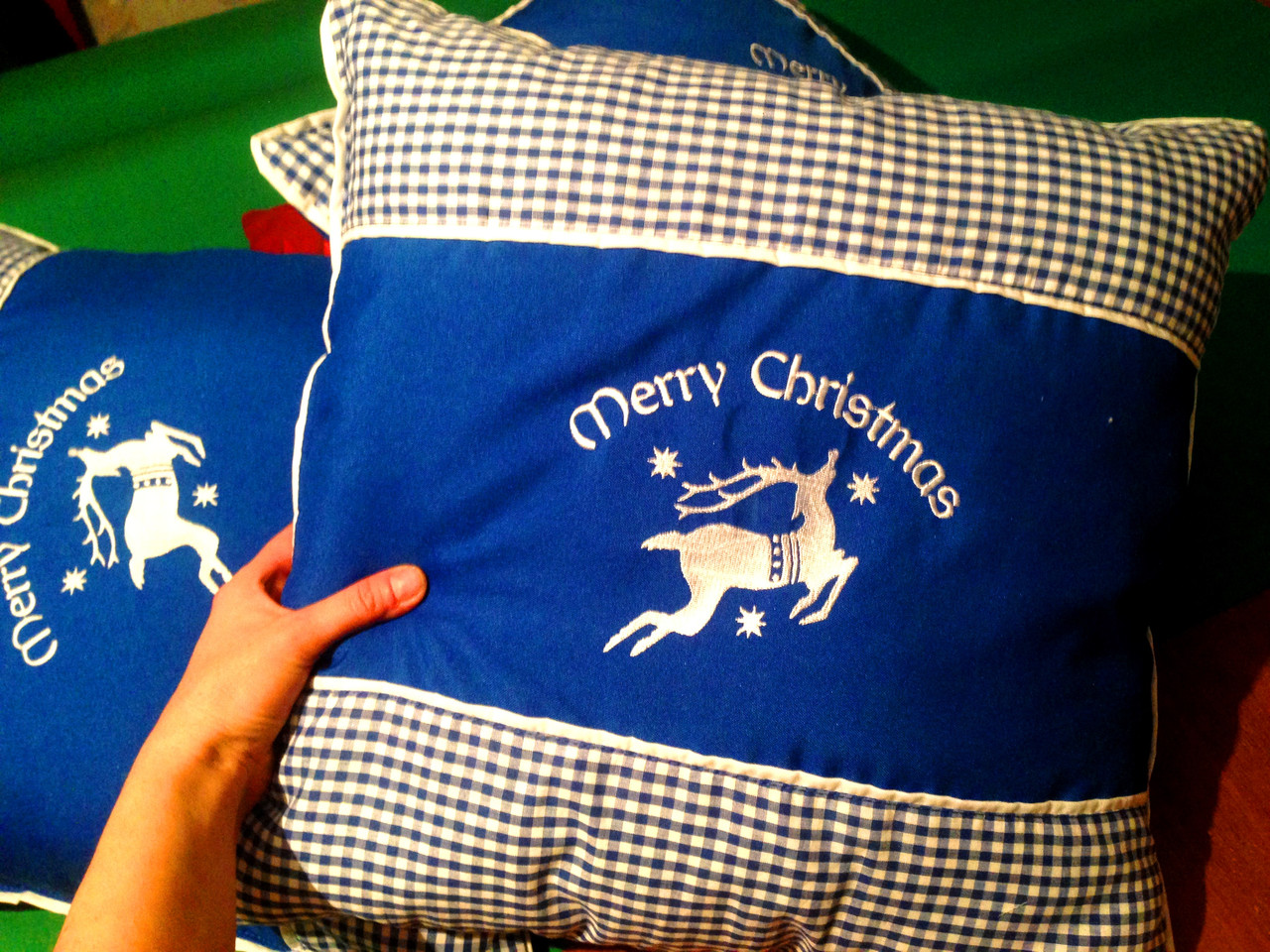 Новогодние наволочки на интерьерные подушки бутылочный, декоративные подушки