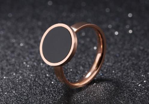 Кольцо розовое золото с фианитом размер 6