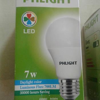 Світлодіодна лампочка LED 6500 K 7 W PHLIGHT