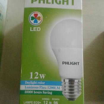 Світлодіодна лампочка LED 6500 K 12 W PHLIGHT