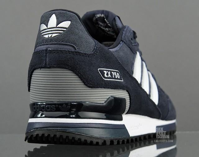 Классический Adidas ZX 750