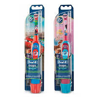 Oral-B DB4010 Электрическая зубная щетка детская