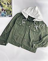 Женская стильная джинсовая куртка с трикотажным капюшоном