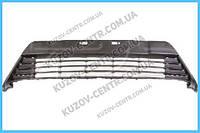 Решетка бампера Toyota Auris E18 (12-15) черная (FPS) 5311202440