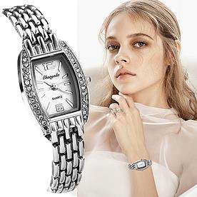 Жіночі наручні годинники з срібним браслетом код 512