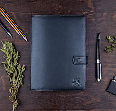 """Ежедневник А5 в кожаной обложке с карманом на клапане """"CLASSIC"""""""