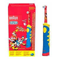 Oral-B D10.513 Электрическая зубная щетка детская