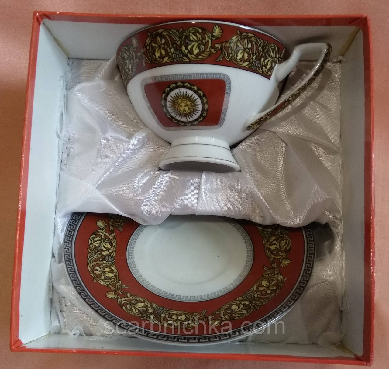 """Набор фарфоровый чайный - чашка с блюдцем """"SТ"""" в подарочной упаковке"""