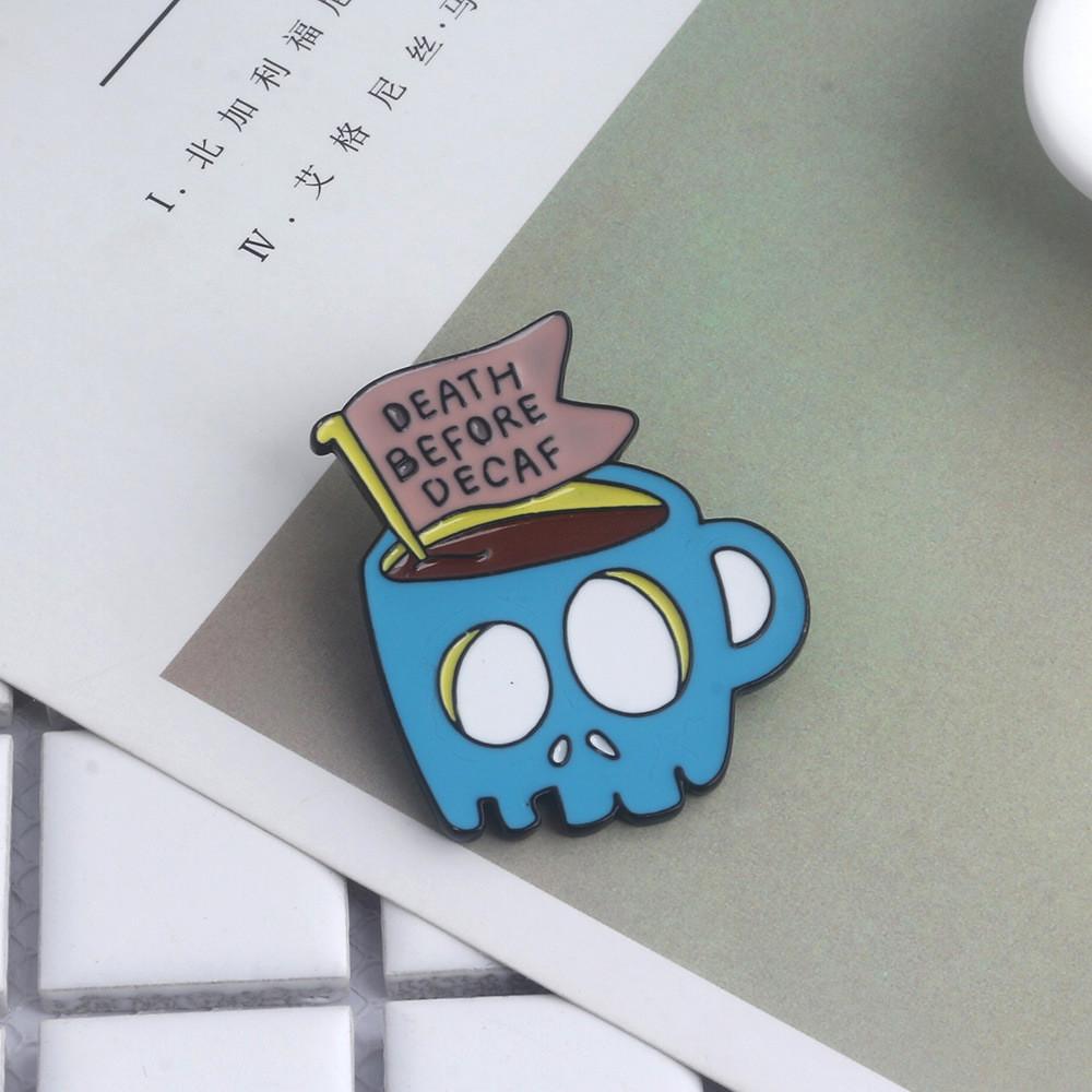 Значок металлический Пин Pin City-A Adventure Time Финн и Джейк Кружка Death Before Decaf №1941