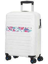 Валіза від American Tourister SUNSIDE(лімітована колекція) ,білий,принт квіти/Colour Flowers  40*55*20см ,35 л