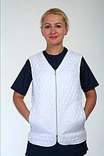 Стеганная медицинская женская жилетка с карманами размер 42-66