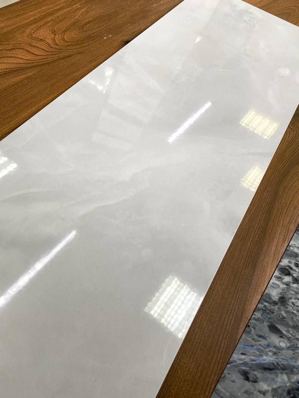 Piastra Pearl W M 300x900 R Glossy 1