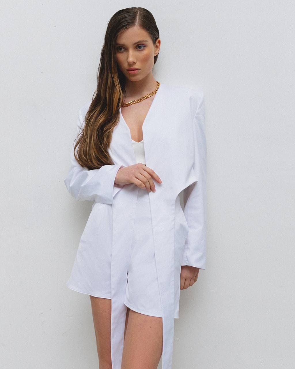 Костюм женский летний (пиджак, шорты) AniTi 629, молочный