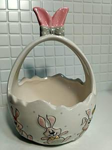 Конфетница керамическая 17.5см в форме корзины с объемным рисунком Веселый кролик BonaDi DM154-E