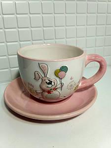Чашка с блюдцем керамические BonaDi 240мл с объемным рисунком Веселый кролик BonaDi DM141-E
