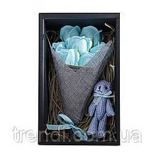 Подарочный набор: розы из мыла ручной работы с игрушкой