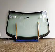 Лобовое стекло для VW (Фольксваген) Golf (98-04)