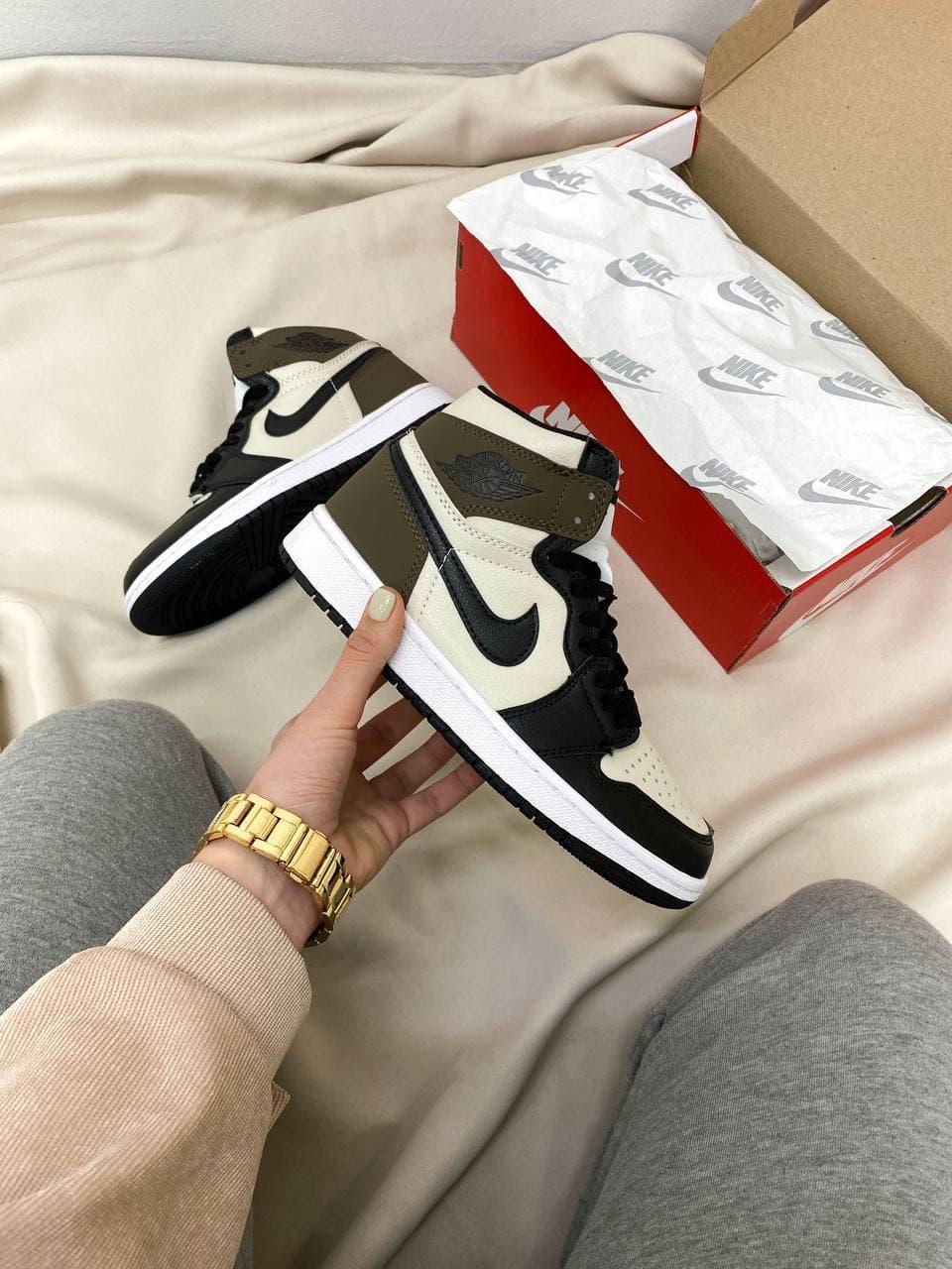 Жіночі кросівки Nike Air Jordan Retro High Dark Mocha