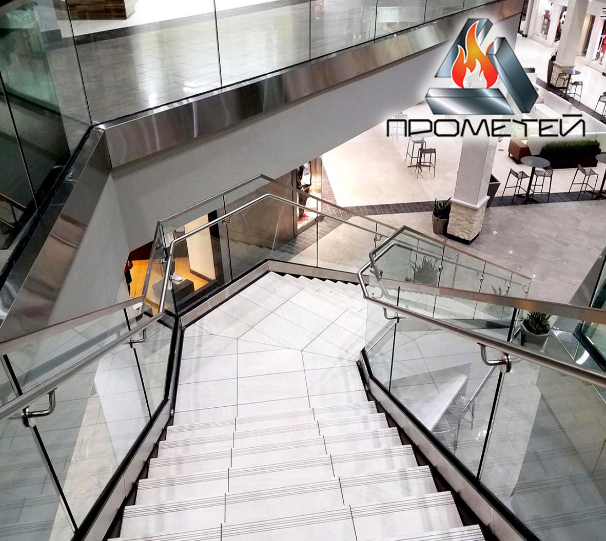 Перильні огорожі і поручні до сходів - виробництво і швидкий монтаж