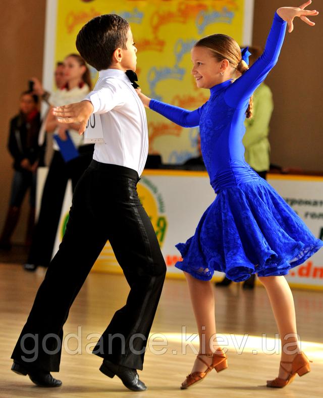 Детские платья для танцев
