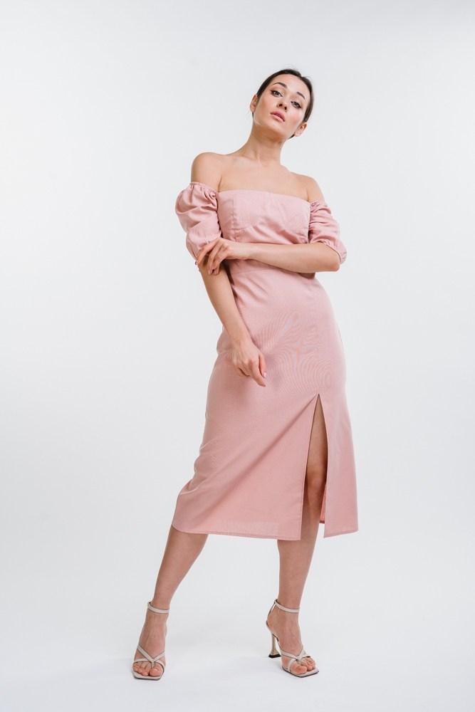 Женское льняное платье длиною миди