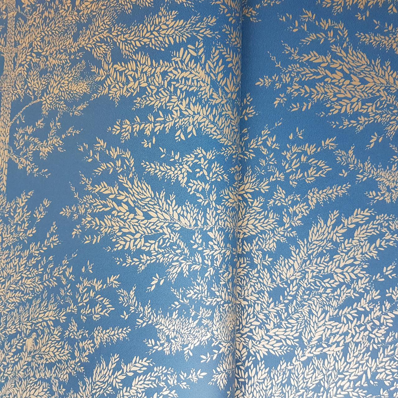 Обои виниловые на флизелине Caselio The Place to bed  0.53х10 м природа деревья ветки золотистые на синем
