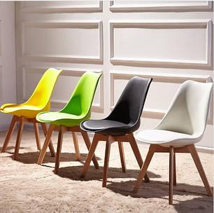 Крісла - стільці на 4 ніжках , кожзам , пластик, тканина.