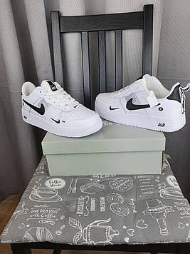 Nike Air Force 1 07 Low LV8 Ultra White белые Найк Эйр Форс 1 07 Лов ЛВ8 кроссовки для мужчин. Обувь весенняя