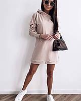Женское свободное платье в спортивном стиле с капюшоном