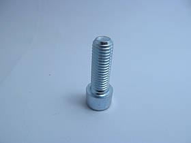 Болт (под шестигранник) М12х1,75х35 (основной шаг), стандарт DIN 912, класс прочности 8.8