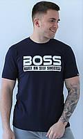 Мужская темно синяя хлопковая футболка с принтом на груди Boss с круглой горловиной и коротким рукавом