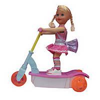 Танцующая кукла на скутере (со светом и звуком) ID4