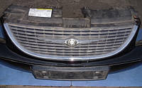 Решетка радиатора -04ChryslerVoyager 2000-20074857522aa