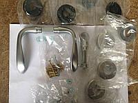 Комплект дверных ручек HERMAT на розетках