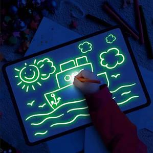 Малюй Світлом A4, Набір для творчості (Малювання світлом) Планшет для малювання в темряві, Світлова дошка