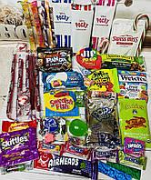 Японские и американские сладости в подарочной коробке Sweet Box