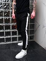 Спортивные штаны мужские с лампасами черные трикотажные Мужские штаны с полосками Акция 1+1=2!!