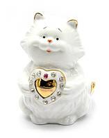 Сувенир Кот с сердечком фарфор