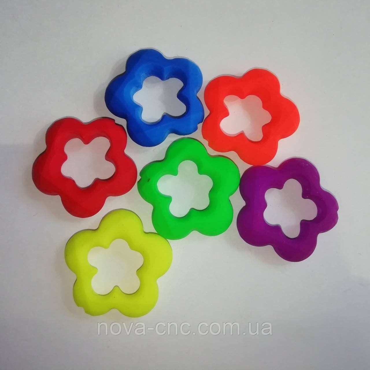 "Бусины пластик ""Цветы"" микс 30 мм"