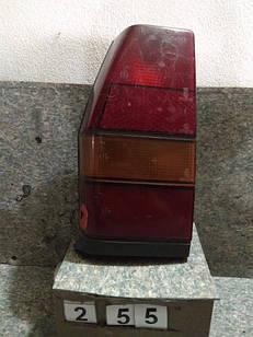№255 Б/у ліхтар задній лівий для VW Polo 1981-1990 (Дефект)
