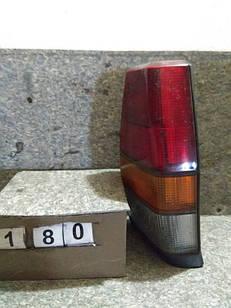 №180 Б/у ліхтар задній правий для VW Polo 1981-1990 (Дефект)