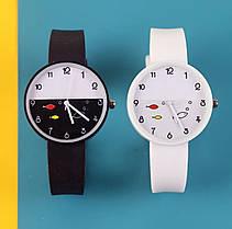 Часы женские с рыбками силиконовый ремешок 2 цвета, фото 3
