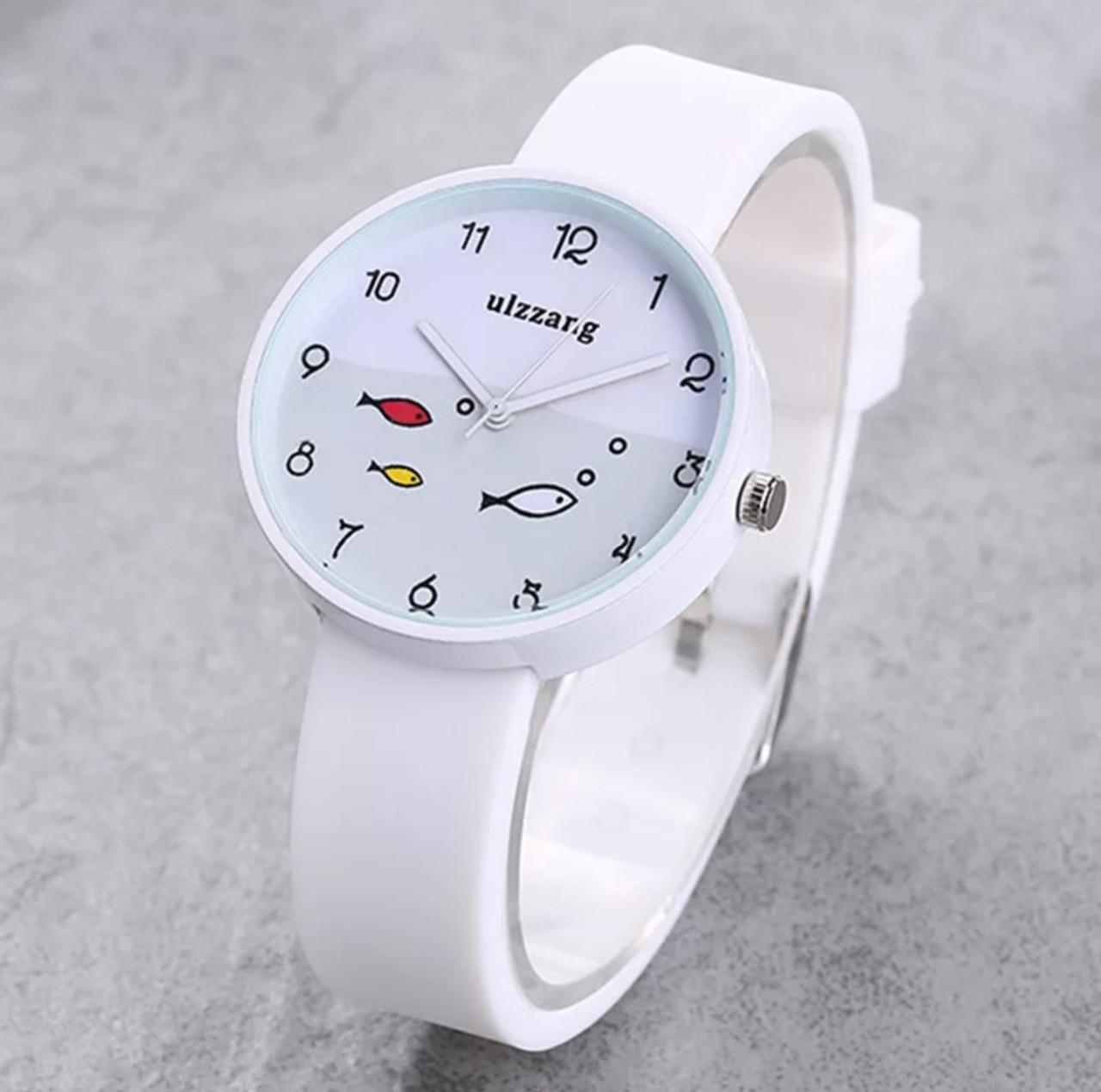 Часы женские с рыбками силиконовый ремешок 2 цвета