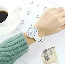 Часы женские с рыбками силиконовый ремешок 2 цвета, фото 2