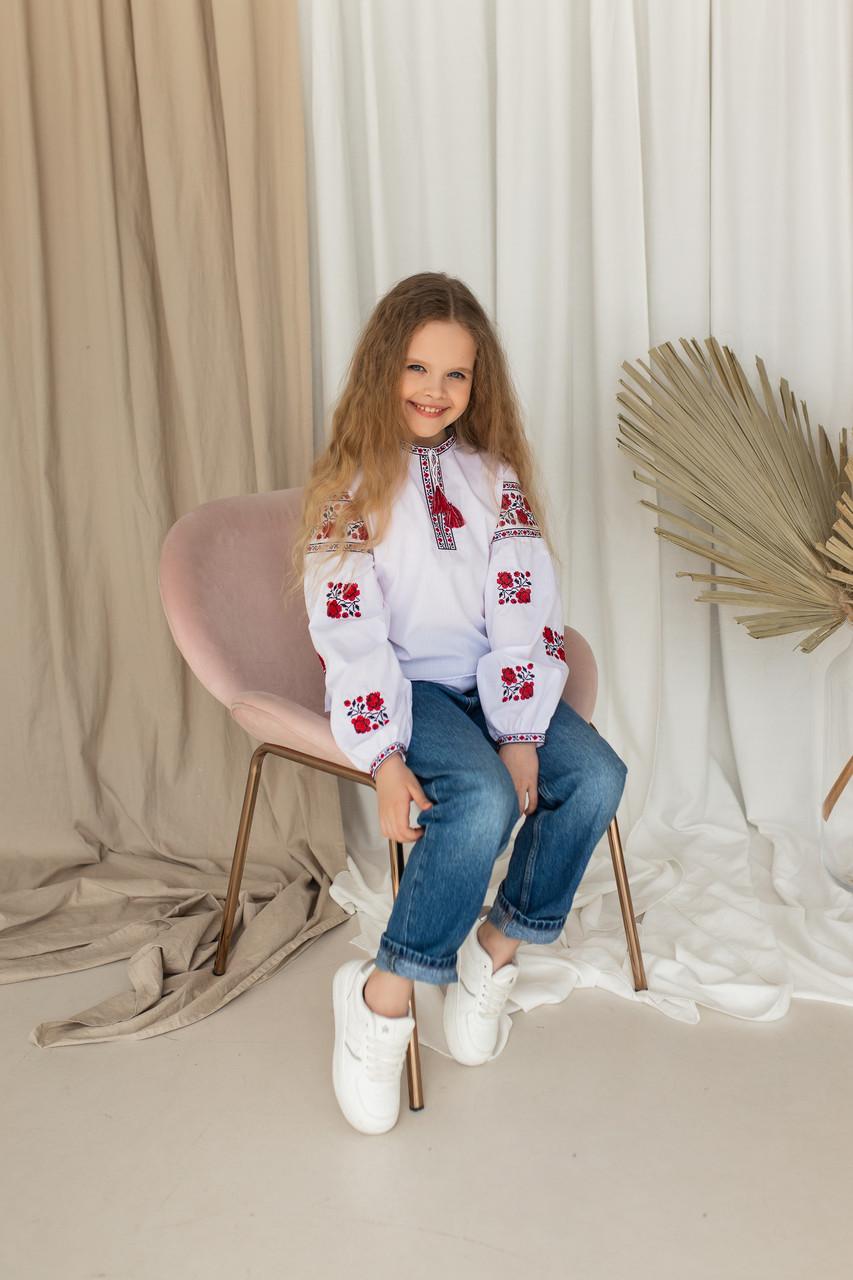 """Детская вышиванка с украиской вышивкой  """"Розочки"""""""