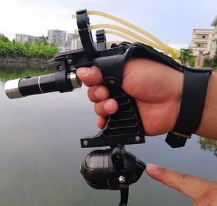 Боуфишинг - стрельба по рыбе с берега