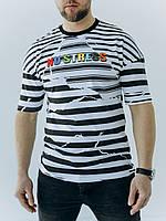Стильная мужская футболка в полоску с яркой надписью на груди из 100% хлопка