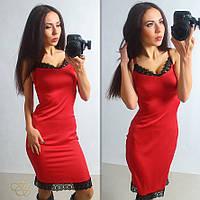 Платье из шелка с кружевом