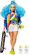 Барби Экстра Стильная Модница с голубыми волосами на скейтборде GRN30